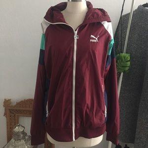 Puma wind breaker/ rain jacket/ contrast